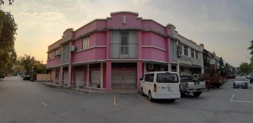 Corner Lot Double Storey Shop & Office